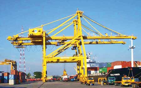 Ctg port buys new container handling equipment