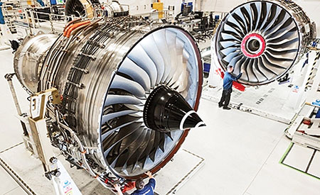 Emirates, Rolls-Royce ink deal for A380 engines