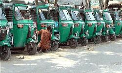 Autorickshaw workers call strike in Dhaka, Ctg Nov 27