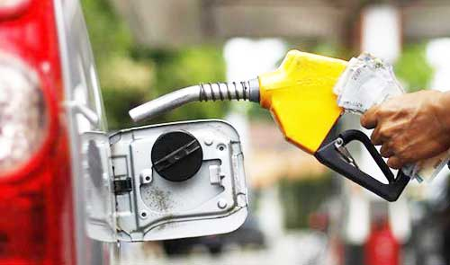 Oil prices rise as 2017 draws a close