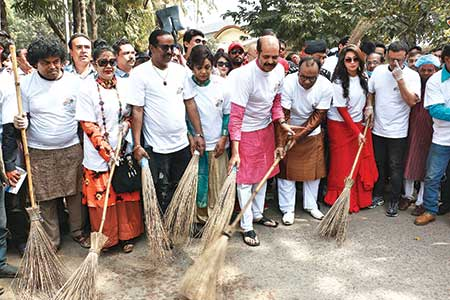 Stars cleanup FDC to encourage cleaning up of whole country