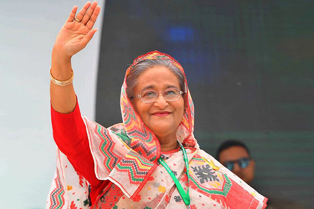 Hasina reaches Abu Dhabi on way to Dhaka