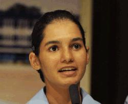 First Indian woman to fly fighter jet