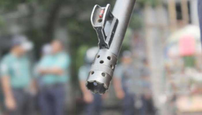 2 suspected robbers killed in 'shootouts'