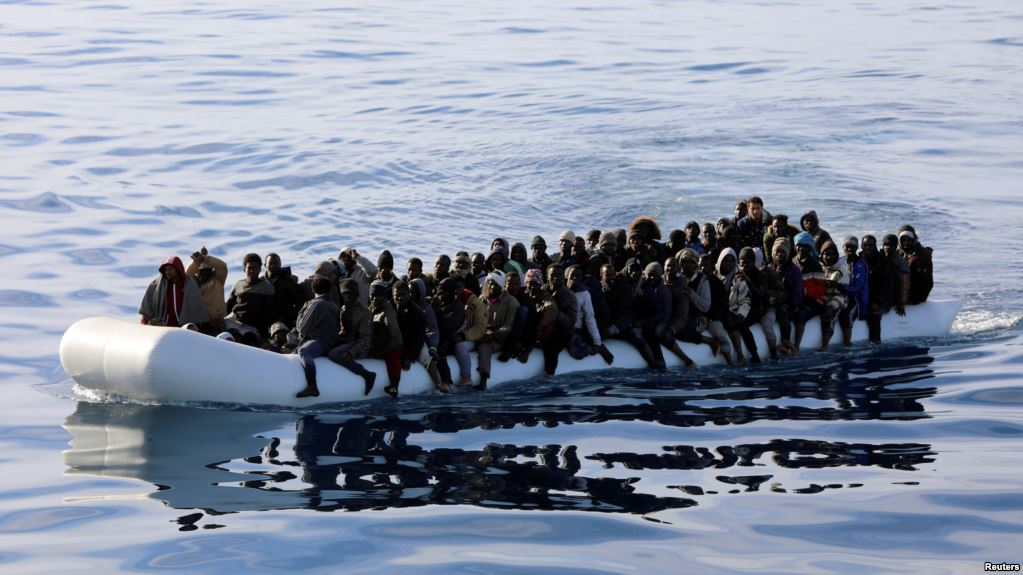 100 migrants die off Libyan coast