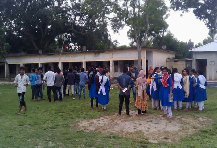 Attack on students at exam hall, 15 injured