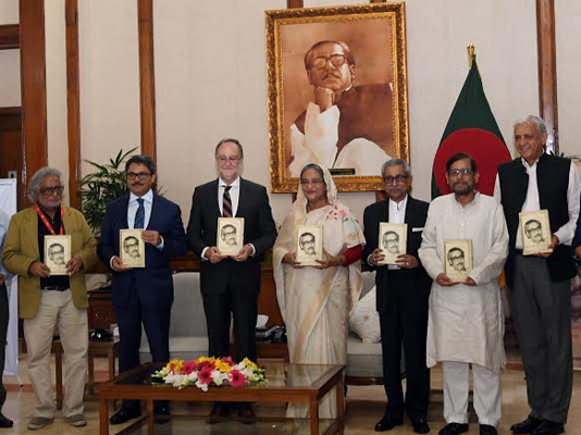 PM unveils Spanish version of Bangabandhu's autobiography