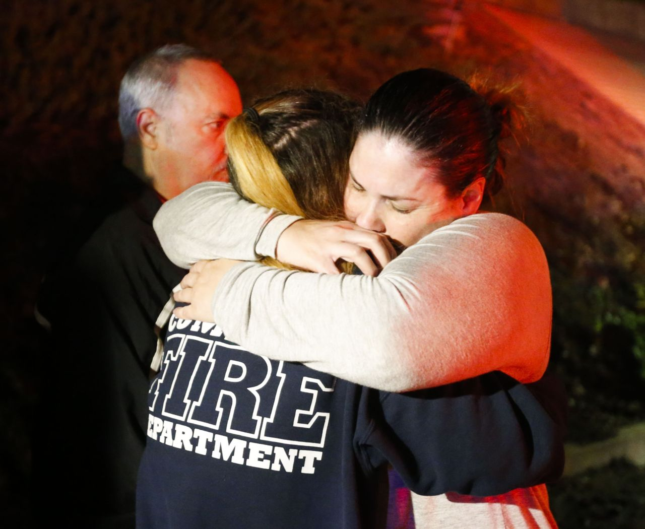 California bar shooting kills 12