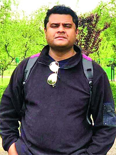 Dr Mehran Hossain    MBBS (Dhaka), DDV (BSMMU) Consultant, Skin and VD Department  City Hospital