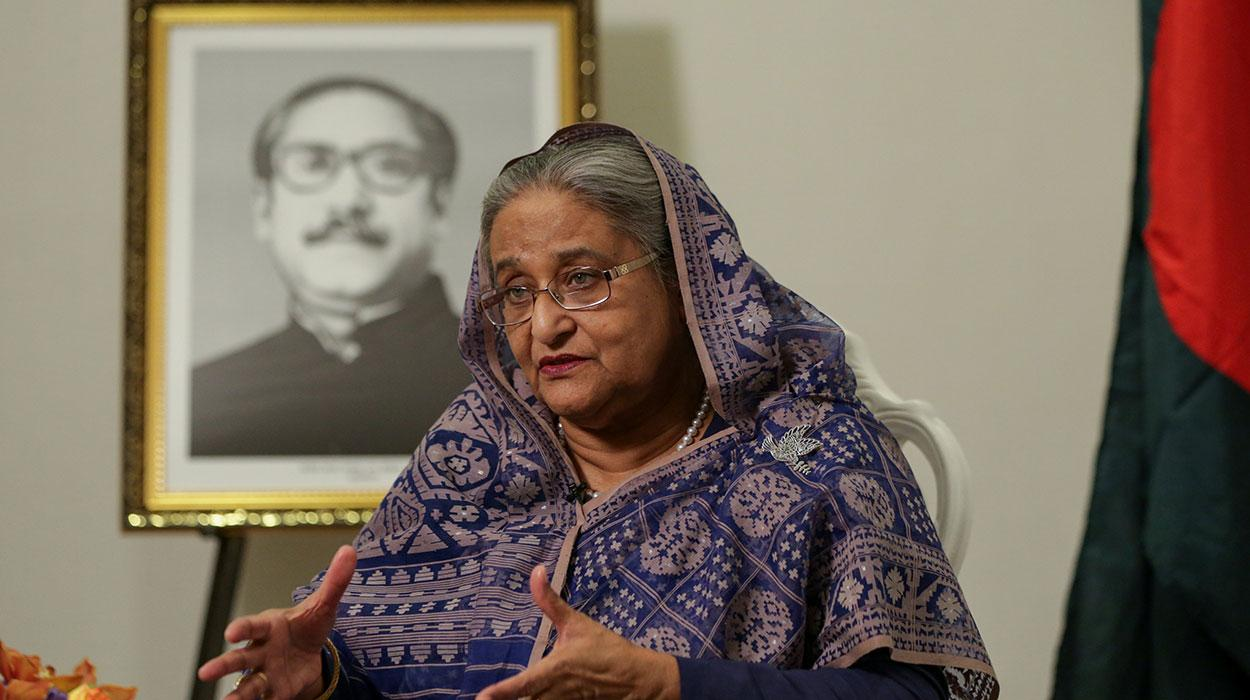 OIC Secy General greets Sheikh Hasina