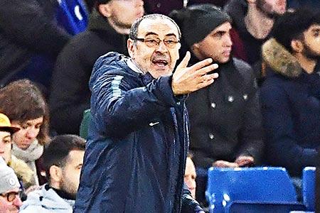 Sarri struggles to spark misfiring Chelsea