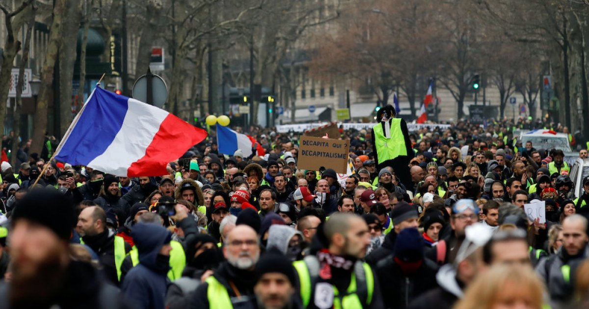 France warns tough response against fresh 'yellow vest' demos
