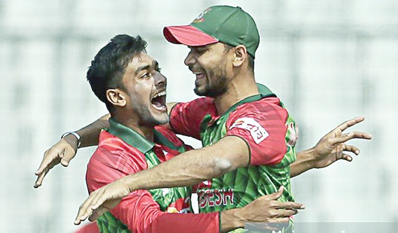 Mash, Miraz set antique example