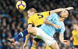 Man City ready to pounce on any Liverpool slip-ups, says Guardiola