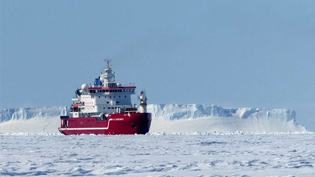 The SA Agulhas II will have to keep holes in the sea-ice open to operate the subs