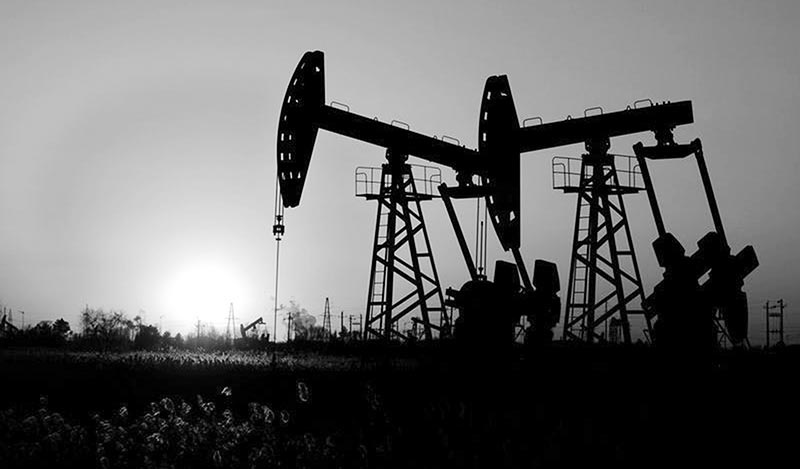 Oil prices fall on rising US rig count