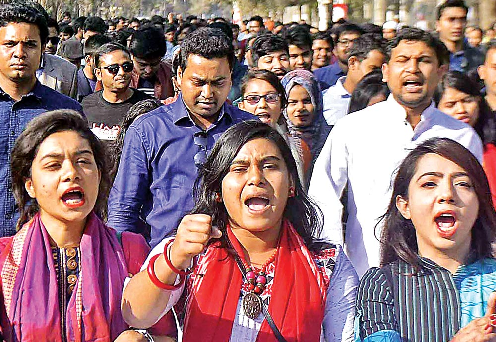Dhaka University students parade campus hailing decision on DUCSU polls on Monday.	photo: Observer
