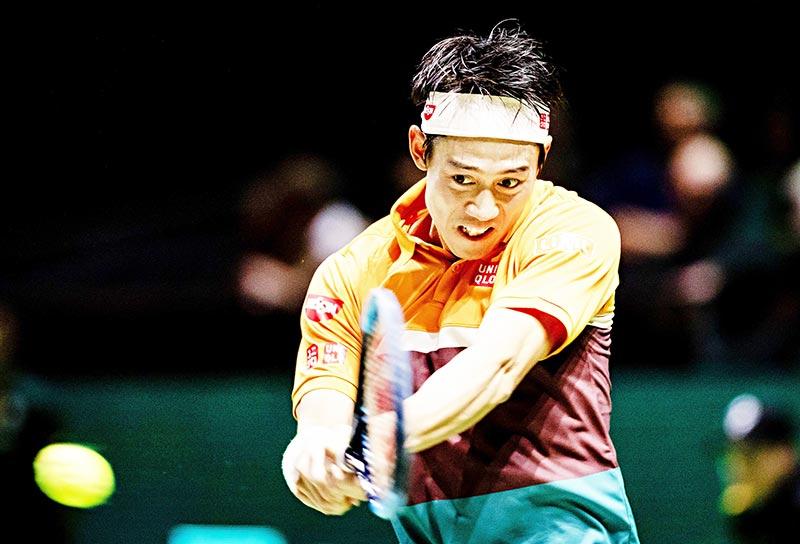 Kei Nishikori eases into Rotterdam last eight