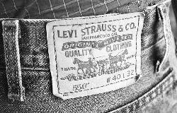 Levi's raises $623m ahead of NYSE debut Thursday