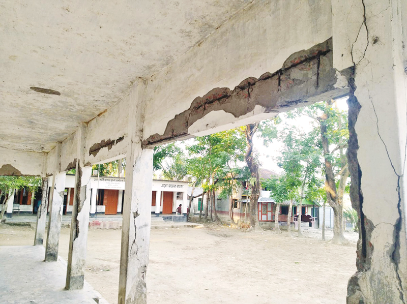 17 pry schools at Bauphal turn risky for lack of renovation