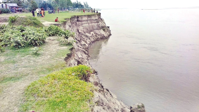 Jamuna erodes areas in Sirajganj before start of rainy season