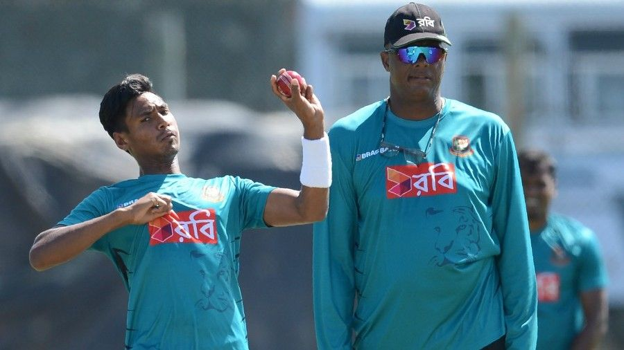 Walsh does not want to 'rush' Mustafizur before World Cup