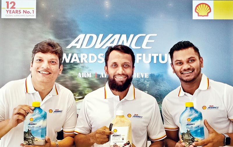 Launching of new 'Shell Advance' Limited Edition pack