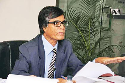 Poet Muhammad Samad prefers liberal outlook over funds for improving DU