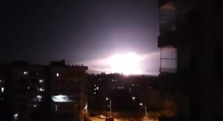 Explosions near Syrian capital in apparent Israeli strikes