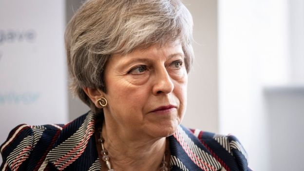 Brexit: May plans 'bold offer' to get support for deal