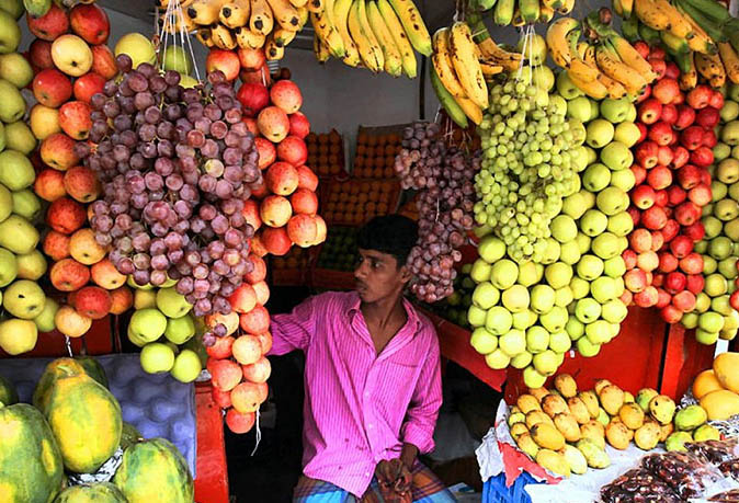 Monitor fruit markets to prevent chemical use: HC