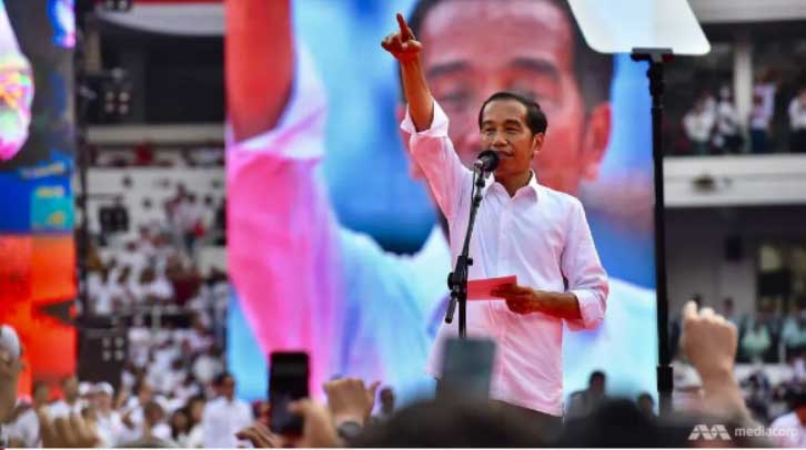 Indonesian President Jokowi speaking at Bung Karno sports complex on Apr 13, 2019. (Photo: Jack Board)