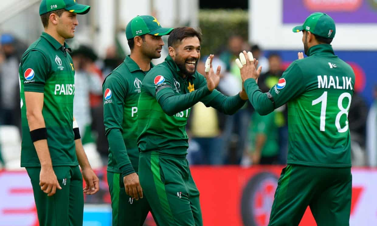 Mohammad Amir of Pakistan celebrates taking the wicket of Usman Khawaja. Photograph: Graham Hunt/ProSports/REX/Shutterstock