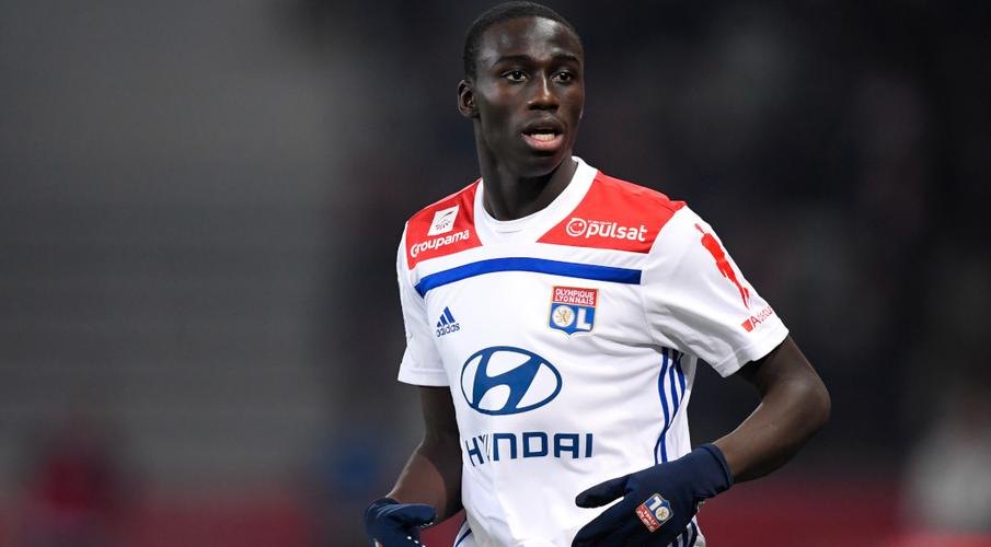 Real sign Mendy from Lyon