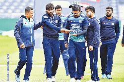 Sri Lankan team management raise concern over stepmotherly treatment