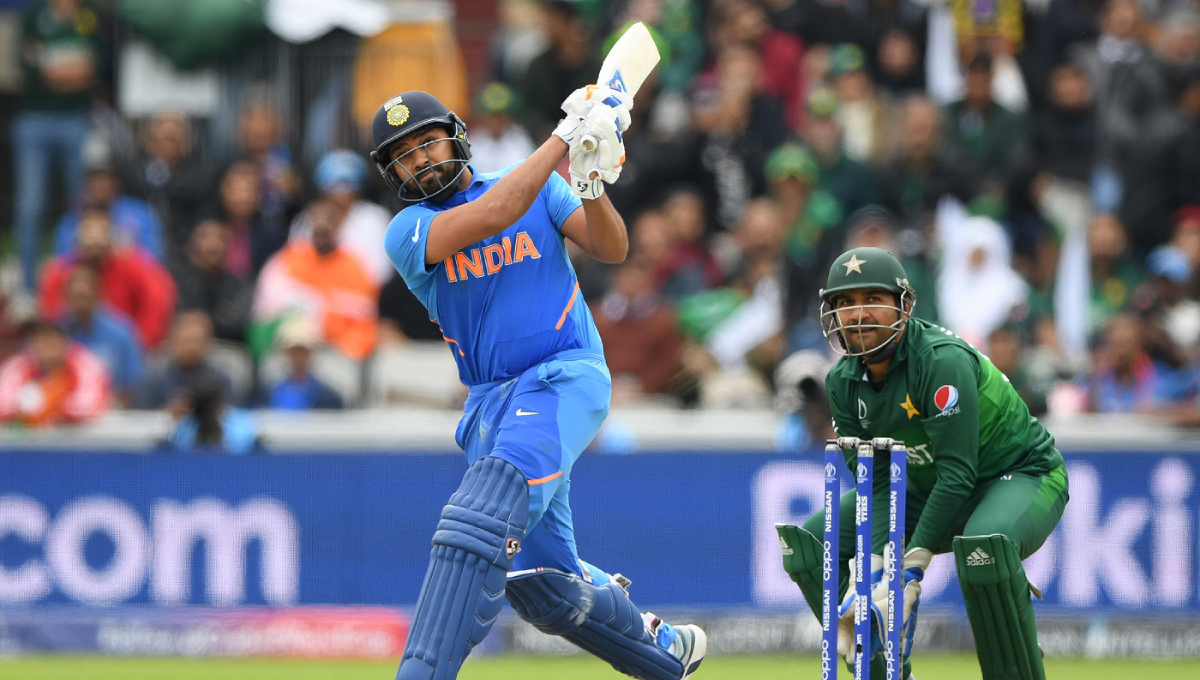 Rain stops play with India 305