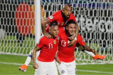 Vargas at the double as Chile rout Japan:Copa 2019