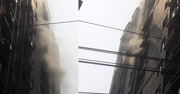 High-rise building in Paribagh catches fire
