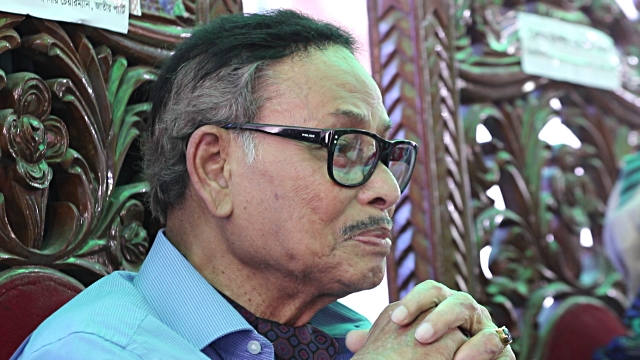 Ershad on life support, condition 'critical'