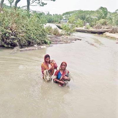 Nine villages flooded at Char Fasson