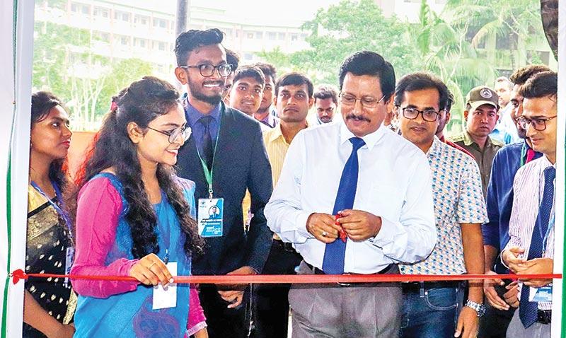 Nazrul Univ holds job fair