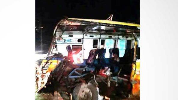 Cumilla road accident kills 4