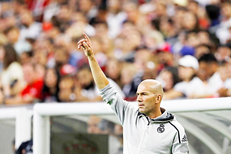 Zidane a 'disgrace' over Bale exit comments