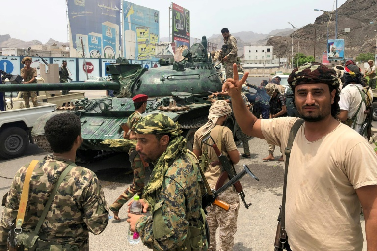 Saudi-led coalition launches strike after Aden 'coup'