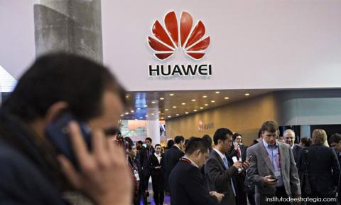 Huawei dismisses new suspension of 'unjust' US ban