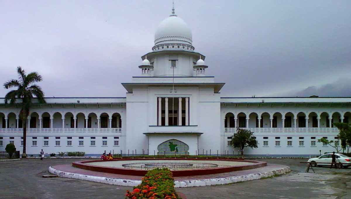 Three HC justices relieved of duty on corruption charge