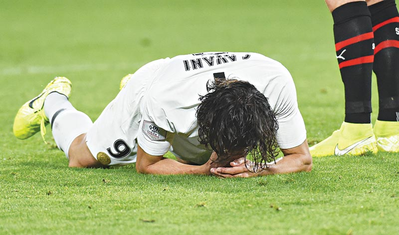 Paris Saint-Germain's Uruguayan forward Edinson Cavani reacts during the French L1 Football match between Rennes (SRFC) and Paris Saint-Germain (PSG), on August 18, 2019, at the Roazhon Park, in Rennes, northwestern France. 	photo: AFP