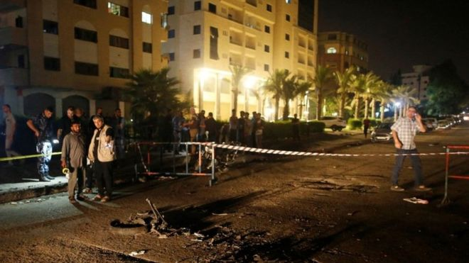 Gaza violence: Suicide bombers kill three officers