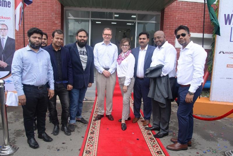 British envoy, wife visit Momtex Expo