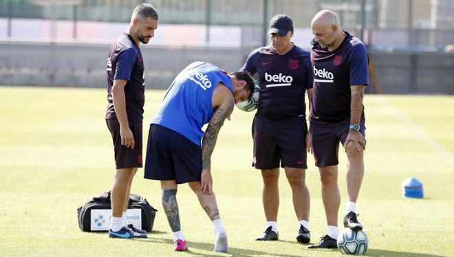 Messi unlikely to play against Valencia